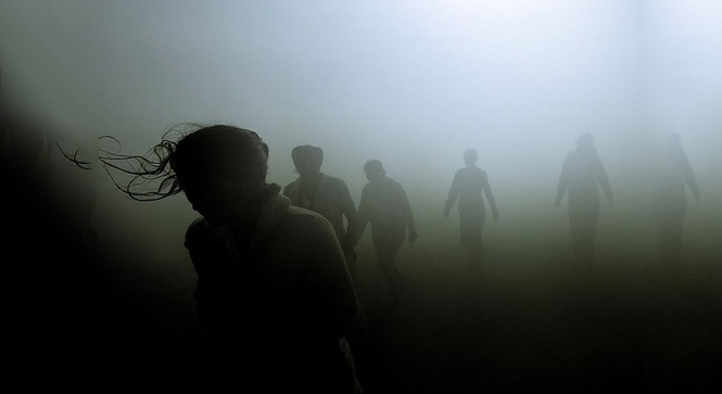 people-in-mist