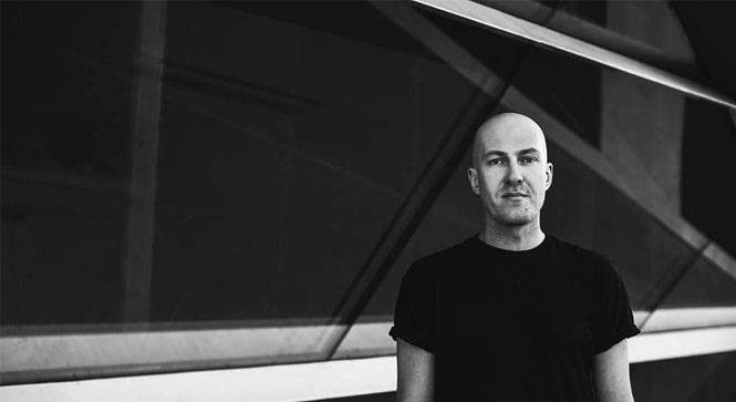 Julian jeweil feature2